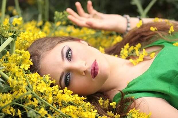 Девушка, Цветы, Желтый, Салон Красоты