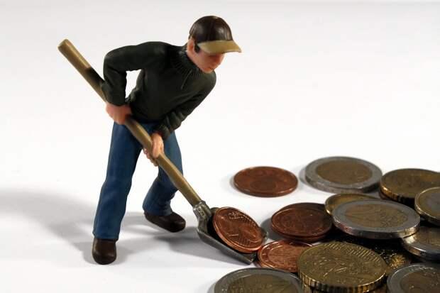 Кому мы должны: о финансистах и ростовщиках