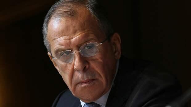 Лавров поучаствовал в передаче Дому русского зарубежья личных вещей генерала Баратова