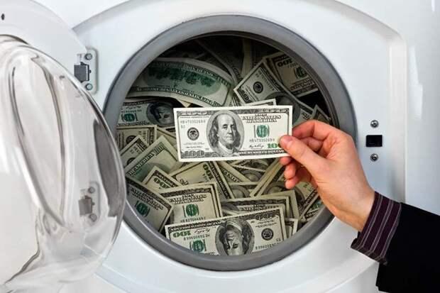 Россиянин Роман Стерлингов арестован в США за отмывание денег