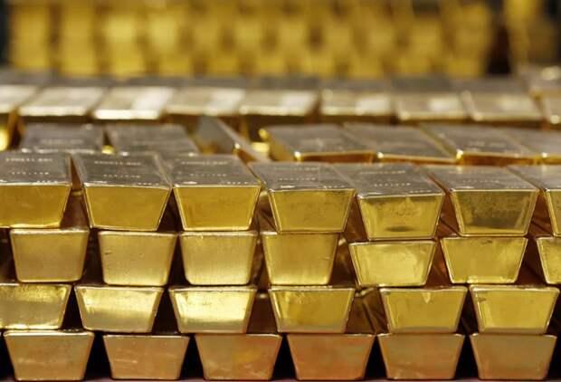 Россию обвиняют в том, что из Британии спешно вывозят золото