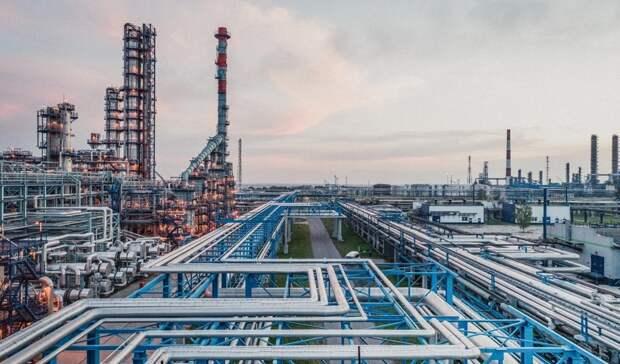 Нефтяники лидируют по выплатам во внебюджетные фонды