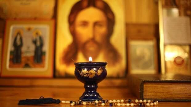 Благодатный огонь прибудет в Москву из Иерусалима 1 мая