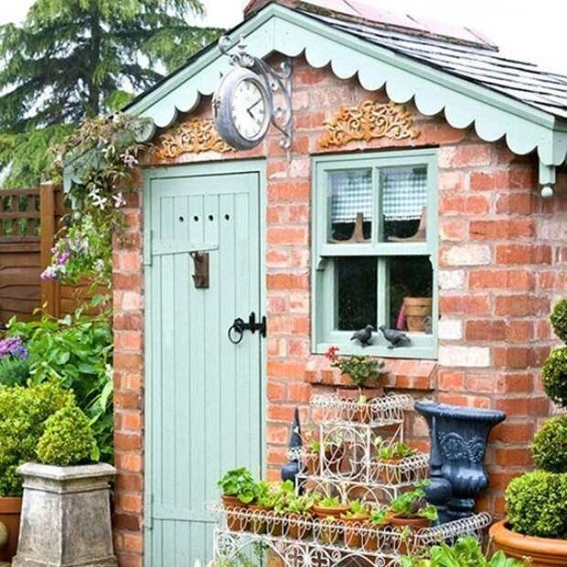Не просто садовый сарай: решения для декоративного оформления