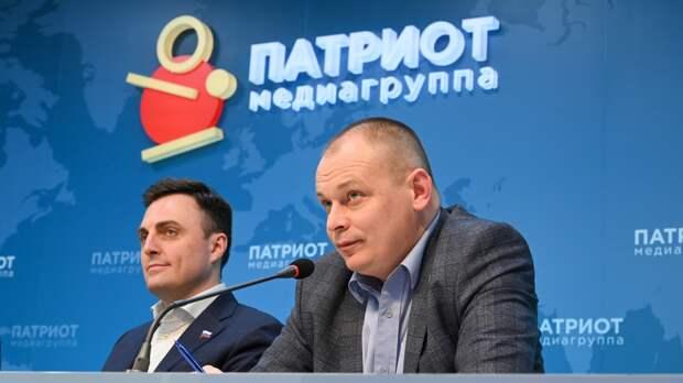 Эксперты Петербурга обсудили идею сокращения рабочей недели