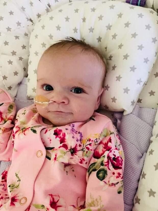 В Британии 6-месячная девчушка со слабым здоровьем победила Covid-19