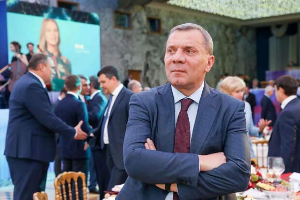 Борисов и Сечин отменят либеральную реформу Чубайса
