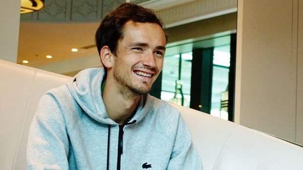 «Творится история». Медведев пошутил о своей первой в карьере победе на «Ролан Гаррос»