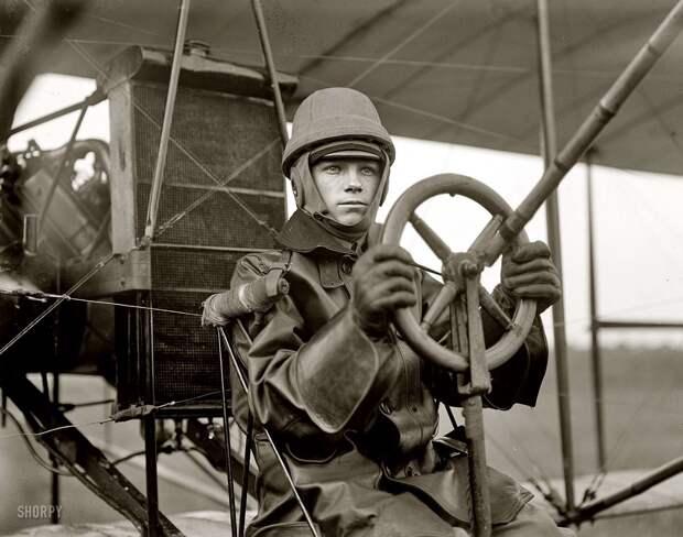 Самолеты и пилоты начала 20-го века на снимках американских фотографов (8)