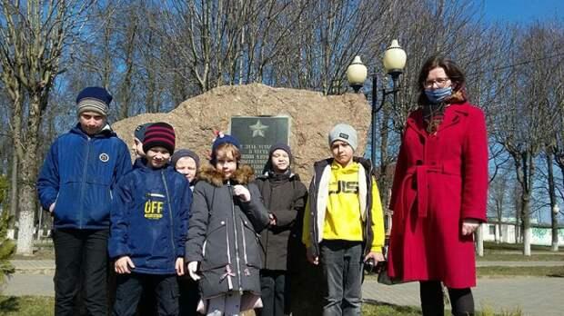 Воспитанники воскресной школы г. Кировска посетили музей города.
