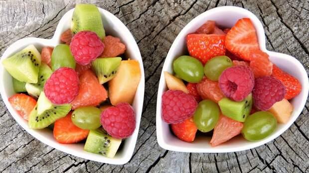 Диетолог назвал правила питания в жаркую погоду