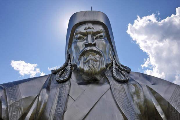 Чингисхан.