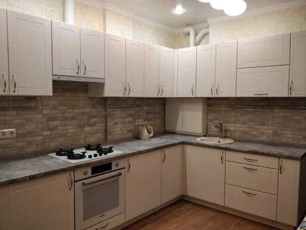 Нужно ли делать выкрасы фасадов на кухню