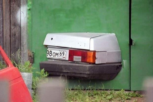 Память о первой машине. | Фото: Приколы PlacePic.