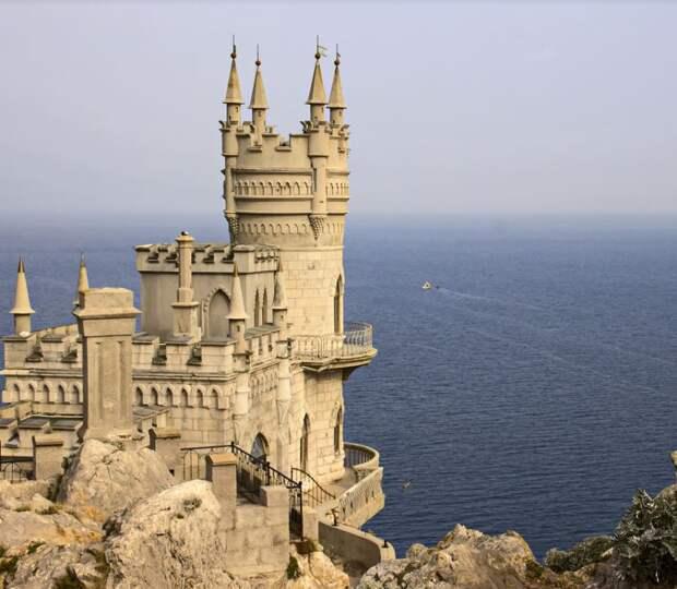 Реставрацию замка «Ласточкино гнездо» завершили, скоро объект откроют для посетителей