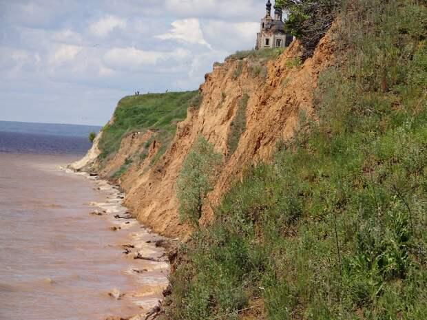 Там, где Волга впадает в Каму