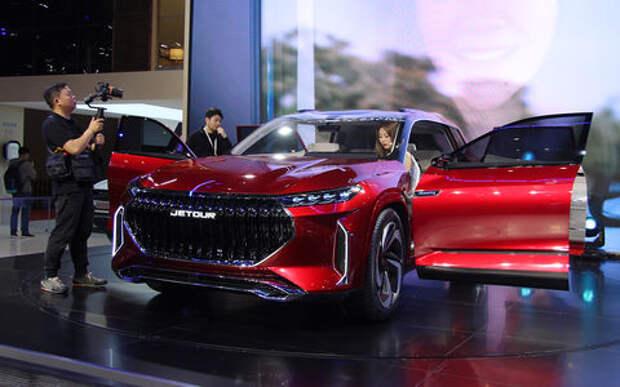 Электрокары, спорткары, роботы... — автопром Китая уже в будущем