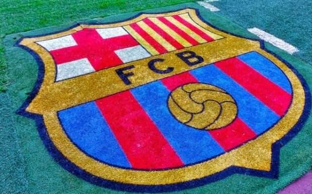 «Барселона» представила новую форму на следующий сезон. Видео