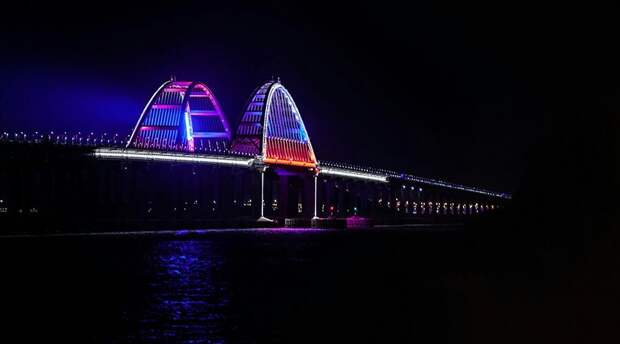 Крымский мост за три года пересекли более 14 миллионов машин