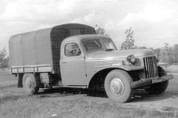 Первый грузовой автомобиль, развивающий скорость до 120 км/ч / Фото: in.pinterest.com