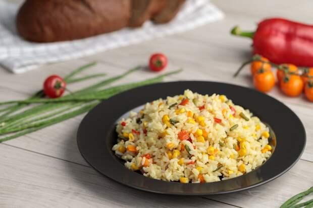 Перемешала рис с сырым яйцом на гарнир: жалею, что не готовила раньше(хоть к мясу, хоть к рыбе)