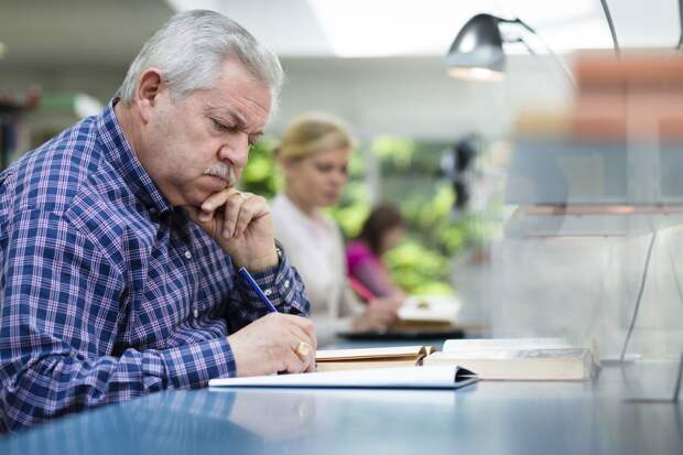 ПФР разъясняет: россиянам предпенсионного возраста нужно заранее обратиться за назначением пенсии