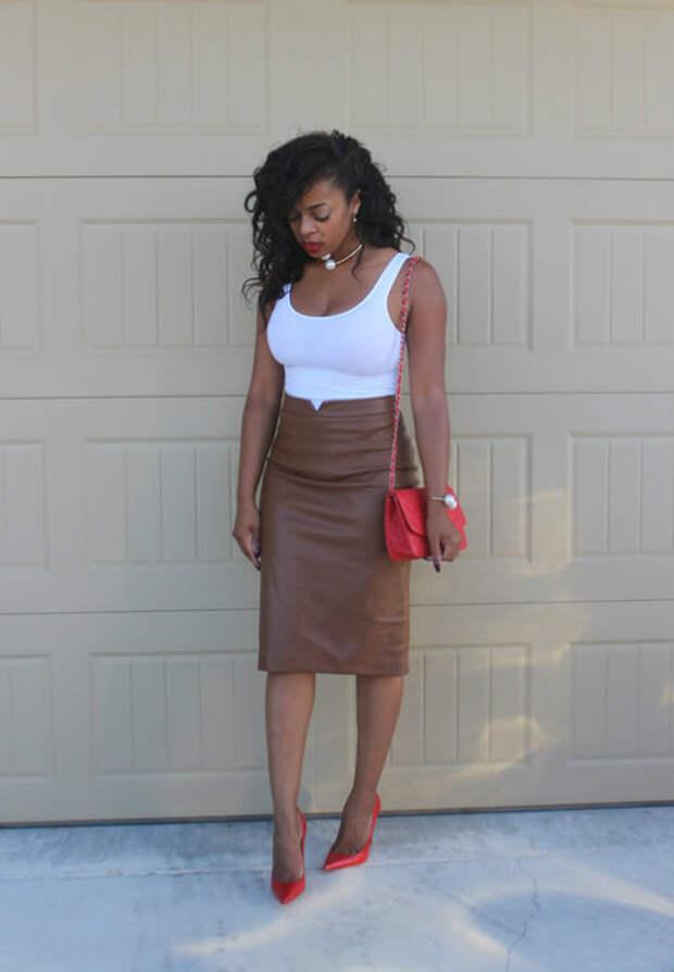 С чем носить и сочетать кожаную юбку-карандаш – 10 модных вариантов