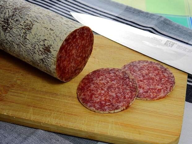В попавшей в Удмуртию ростовской колбасе нашли вирус африканской чумы свиней