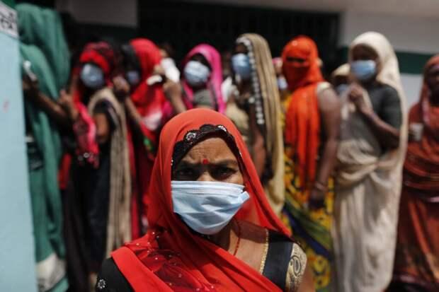 Индийский политик назвал коронавирус живым существом с правом на жизнь
