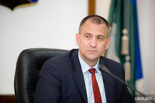 Глава Сургутского района потерял вдоходах завремя пандемии
