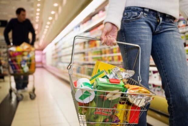 Потребители пересматривают структуру расходов
