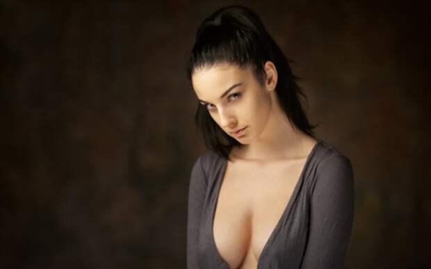 Девушки с большой натуральной грудью (58 фото)