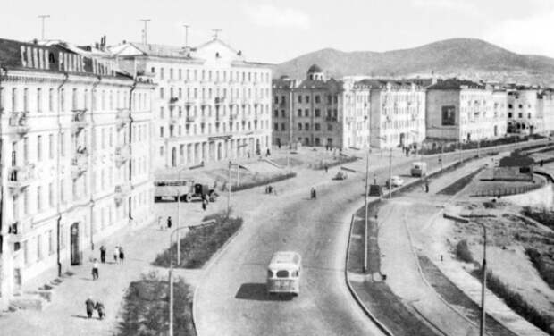 Первый крупный город на дорожной развязке стал центром криминального мира.