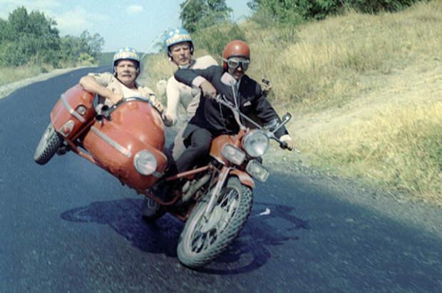 Кадр из фильма «Спортлото-82» 1982 года.