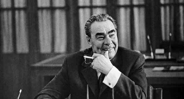 Как победу престарелого Байдена оправдывают те, кто смеялся над Брежневым