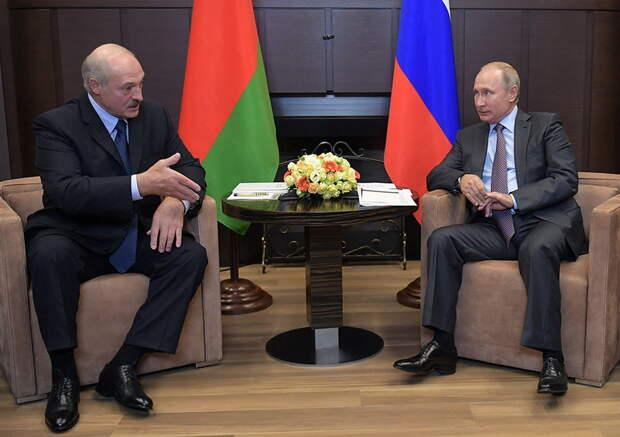 Суздальцев объяснил, почему Лукашенко так важно получить новый кредит от Путина