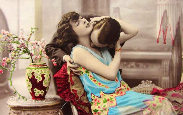 Французские открытки, в которых показано, как романтично целовались в 1920-е годы 1