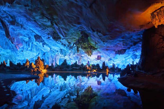 Под Канадой расположен древнейший резервуар воды возрастом 2 миллиарда лет