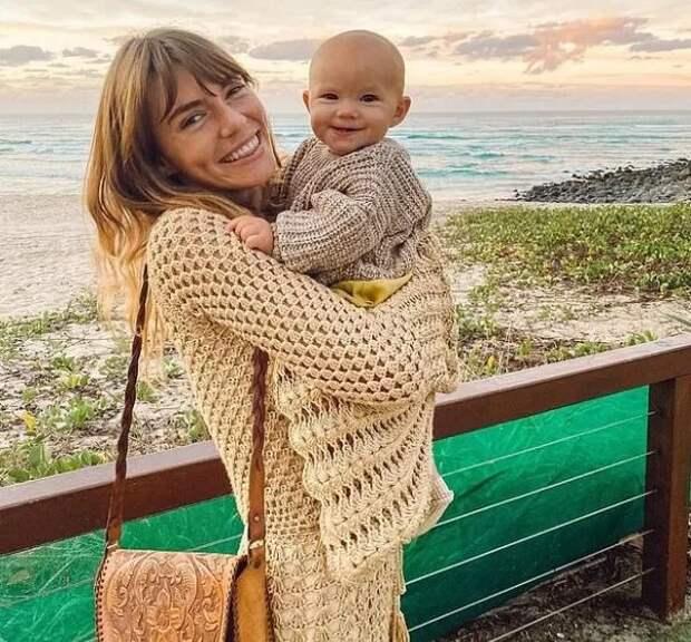Сигнал кдействию: как родители приучили дочь кгоршку с2-недельного возраста