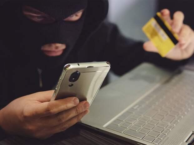 Лжеследователь обманул нижегородку на 375 тысяч рублей