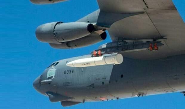 Истребители НАТО подлетели к границам России одновременно с трех сторон