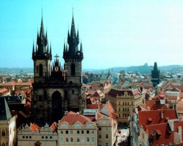 Чехия ждет объяснений от России после включения в список недругов