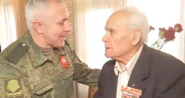 Российские миротворцы поздравили ветеранов ВОВ в Нагорном Карабахе