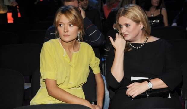 «Сильно неприятная мне младшая сестра»: Михалкова перестала скрывать чувства
