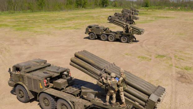 Украина стянула к Крыму реактивные «Ураганы»