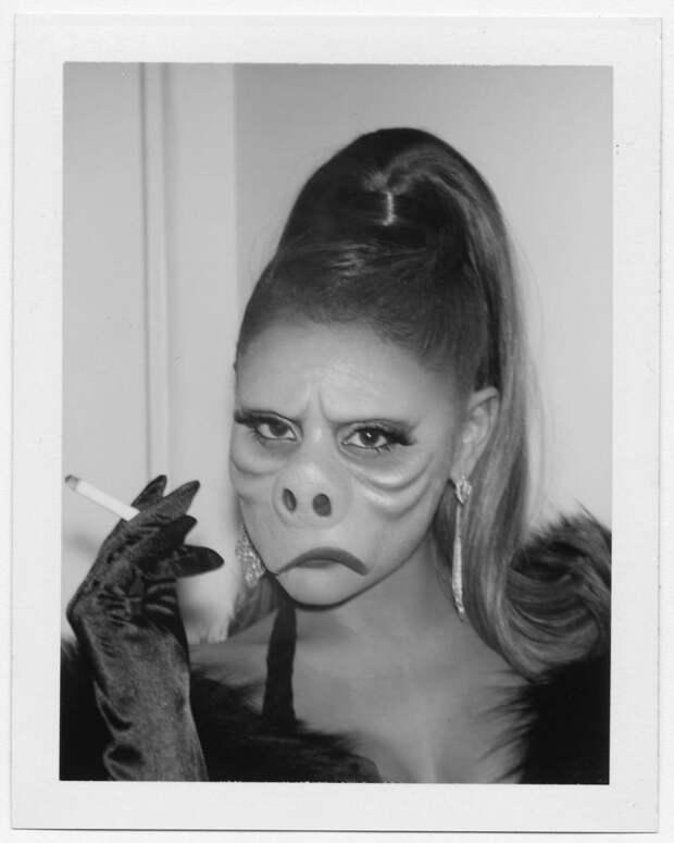 15 огненных фото знаменитостей в костюмах на Хэллоуин