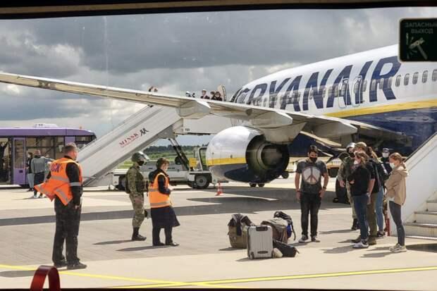 Пассажиры рейса Ryanair рассказали о задержании Протасевича