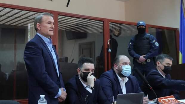 Украинская оппозиция заинтересовалась доходами друзей Зеленского в РФ
