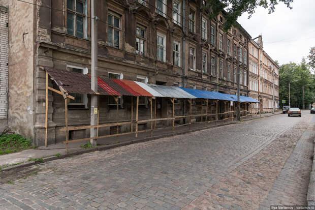 Отношение к историческому наследию в жалкой Литве и Великой России