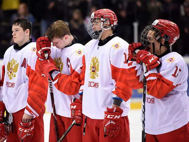 Российские юниоры уступили в финале ЧМ по хоккею сборной Канаде